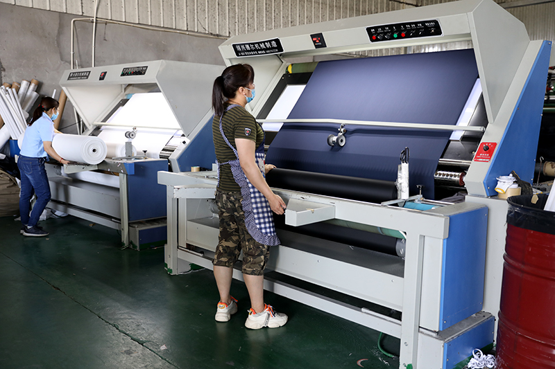 Cloth Rolling Machine